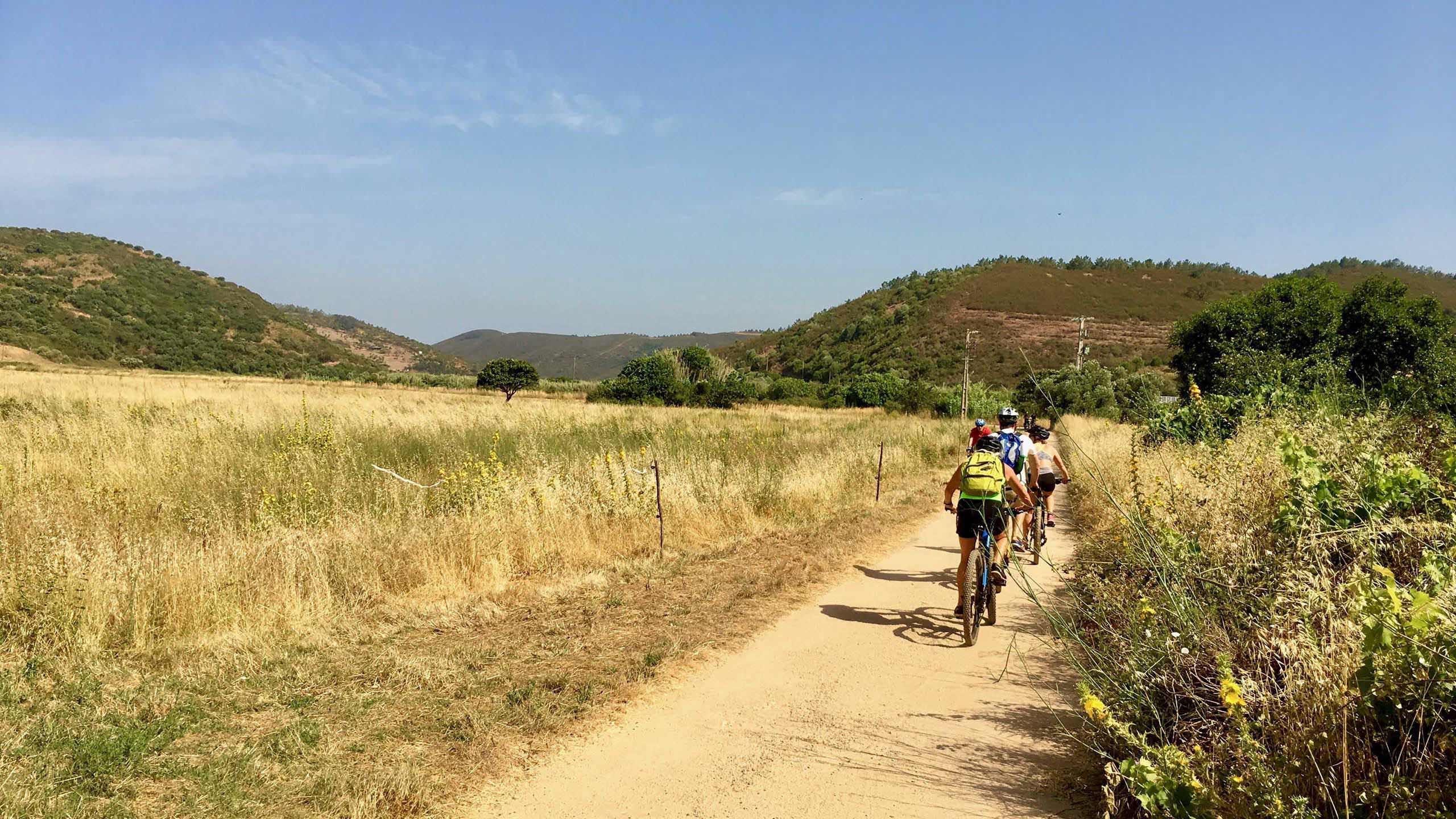 OceanBlue Algarve (2) Adventure Holiday, Surf Holiday, Sup Holiday, Biking Holiday, Boat Trips Algarve